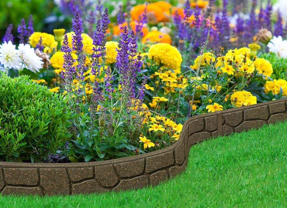 Ezborderstones earth rubber garden edging