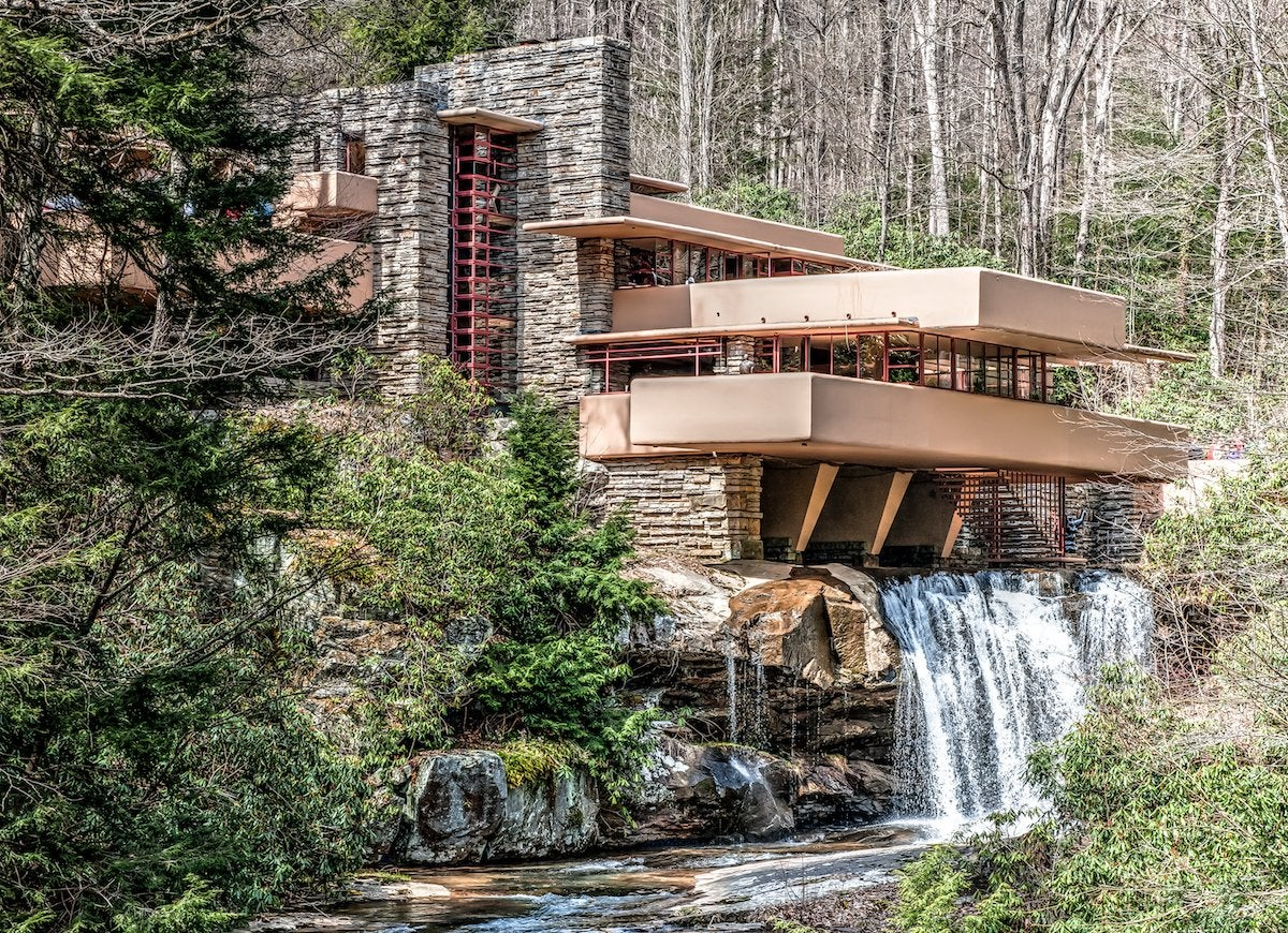 fallingwater house mill run pa architectural mistakes 12 infamous goofs throughout history. Black Bedroom Furniture Sets. Home Design Ideas