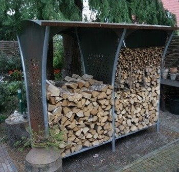 Leenders firewood storage rack woodstocker 1