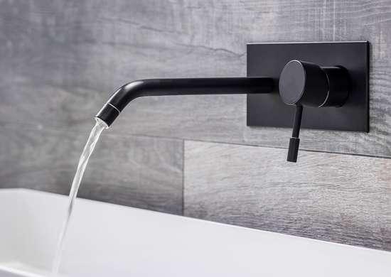 Wall faucet