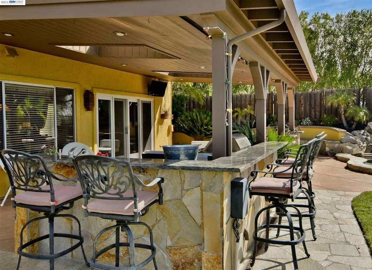 patio bars - Outdoor Patio Bar Ideas