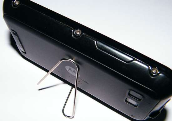 DIY Smartphone Stand with a Paper Clip