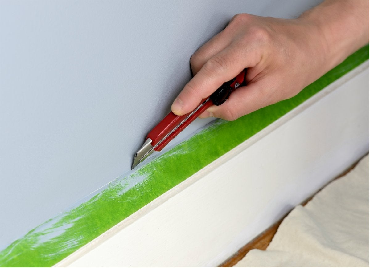 Utility knife offers secret to clean paint lines