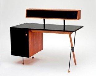 Lacma-california-design-exhibit-walnut-formica-iron-desk-greta-magnusson-grossman-bob-vila20111123-36322-1cn5p88-0