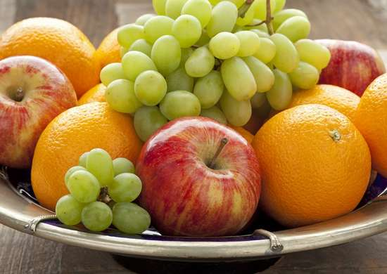 How To Clean Fruits And Vegetables Naturally
