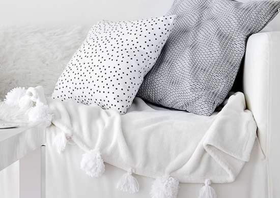 DIY Throw Blanket