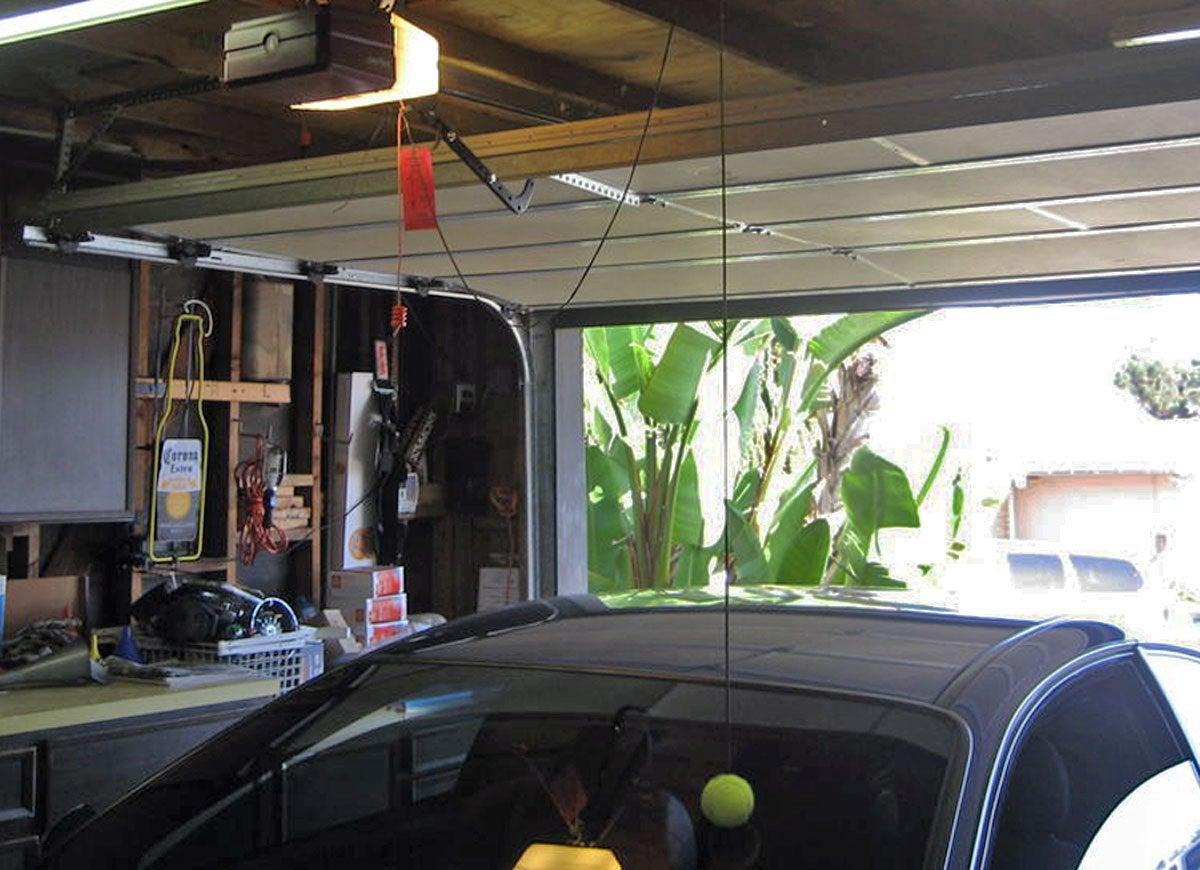 Tennis ball garage