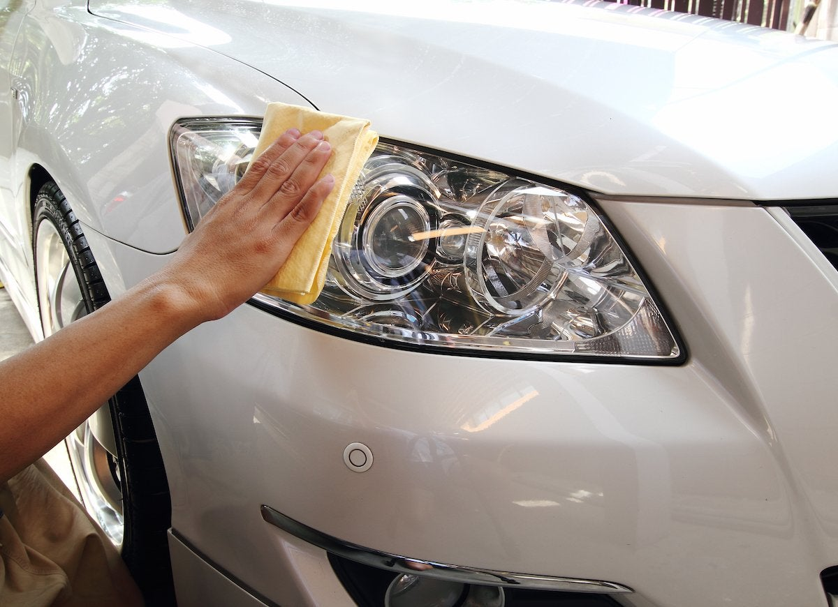 Polishing headlights