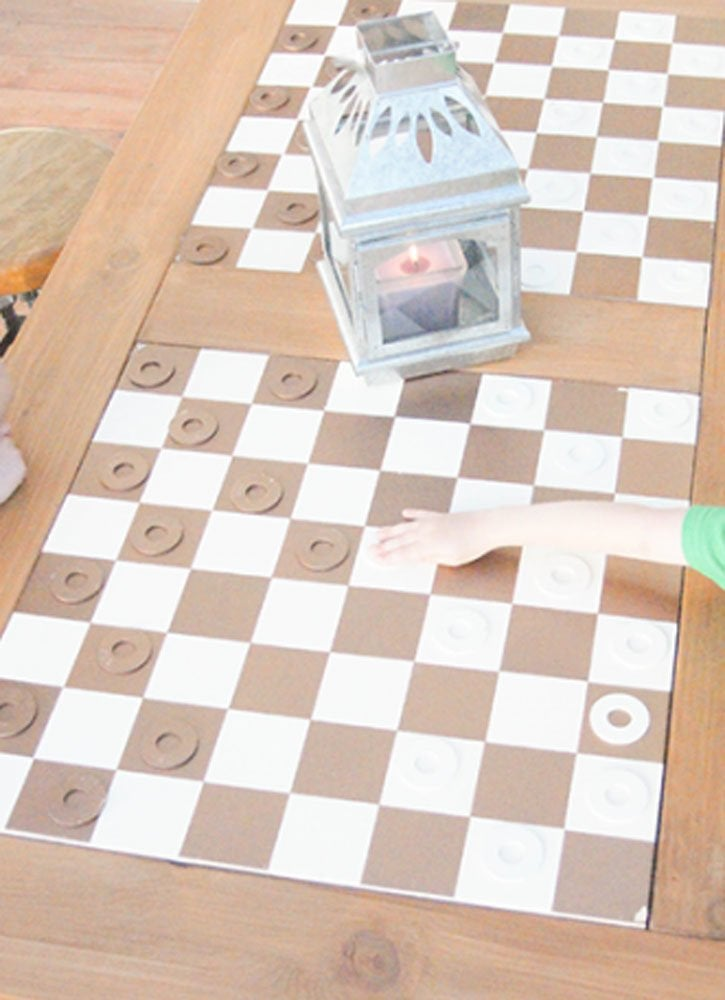Diy checkered table