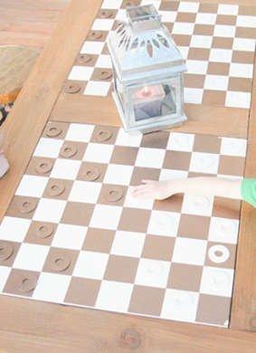 Diy checkered table