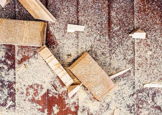DIY Wood Filler with Sawdust