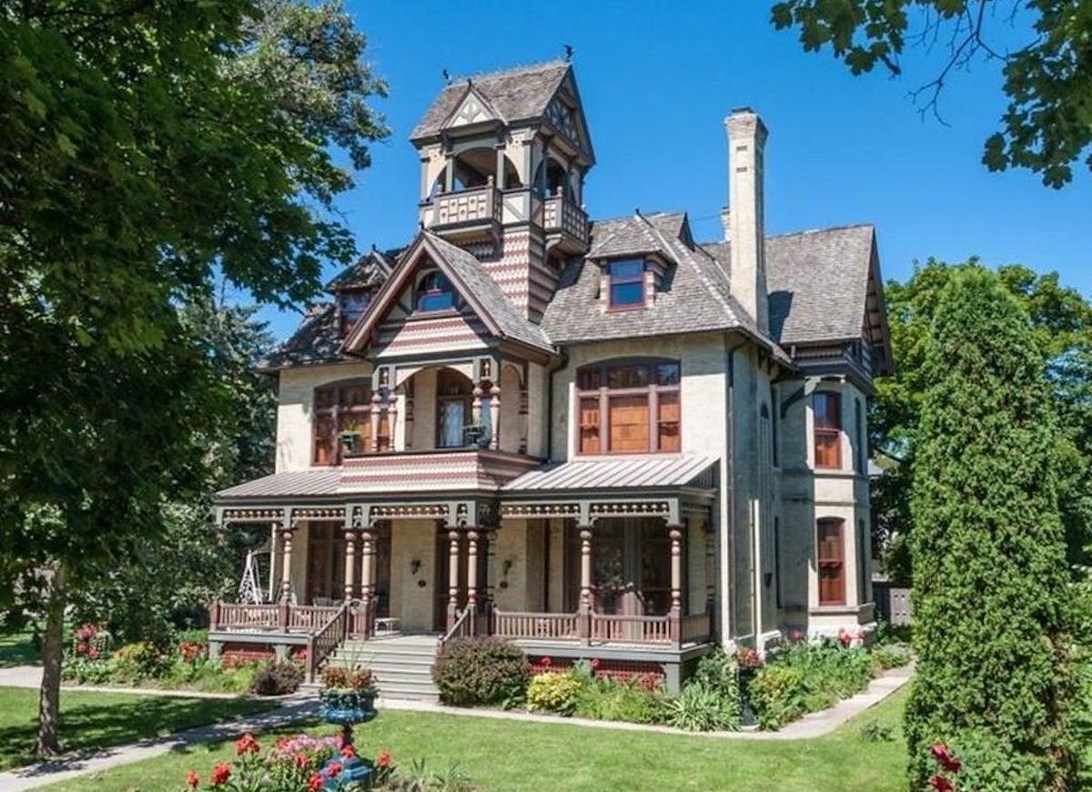 Allyn mansion