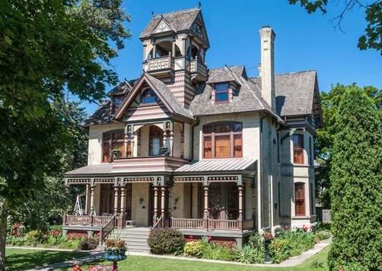 The Allyn Mansion in Delavan, Wisconsin