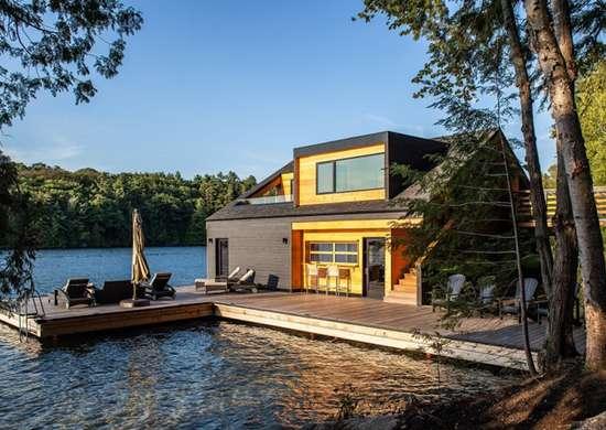 Boathouse in Muskoka Lakes