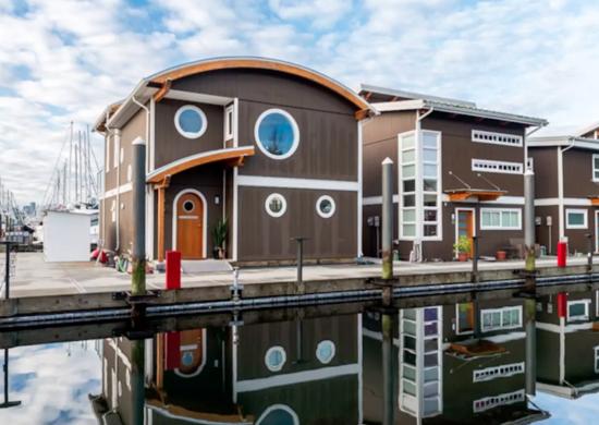 British Columbia Floating Home