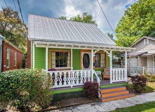 Tiny Green House