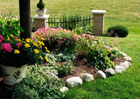 Edge Your Flower Beds in Fall