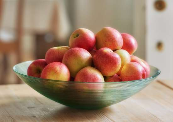 Do not refrigerate apples