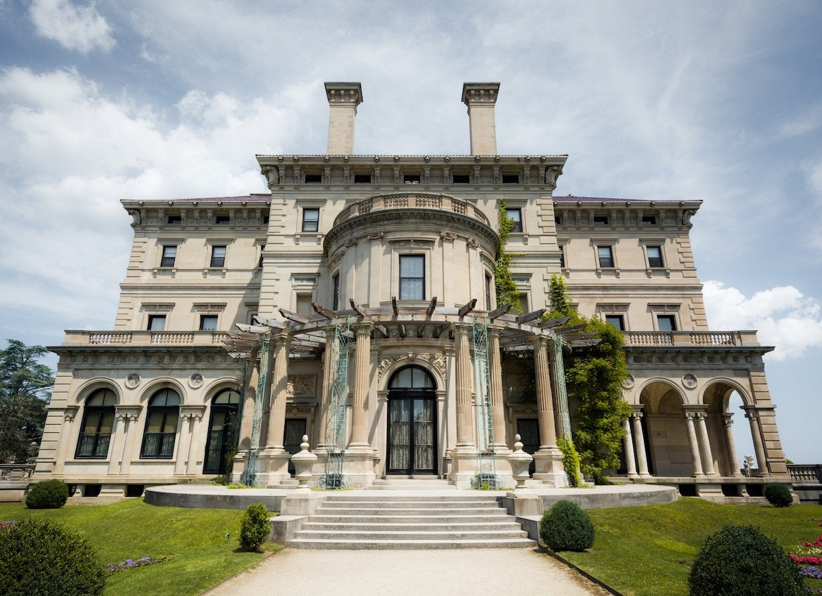 The breakers mansion at cliff walk in newport  rhode island