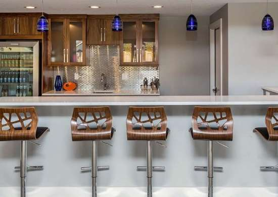Bar with Chrome Backsplash
