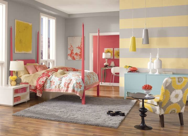 Sherwin-Williams Friendly Yellow