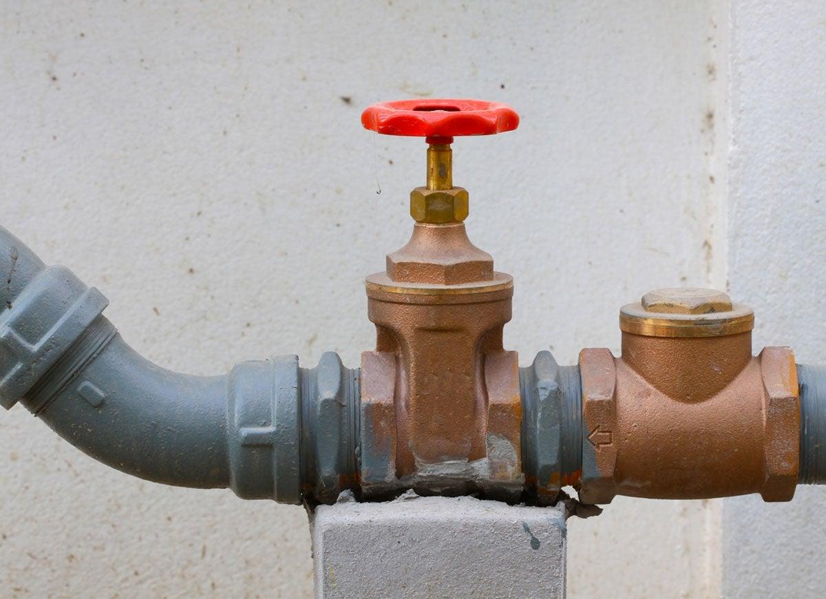 Water gas valve