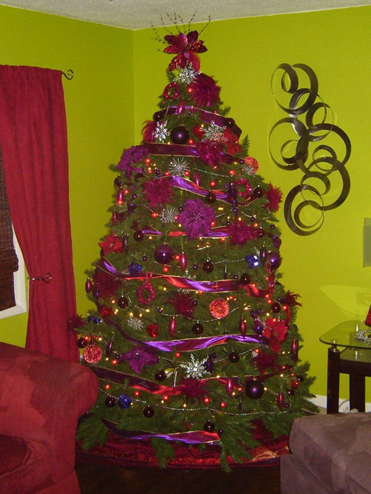 Purple christmas tree 12 bad christmas decorations bob for Bad christmas decoration