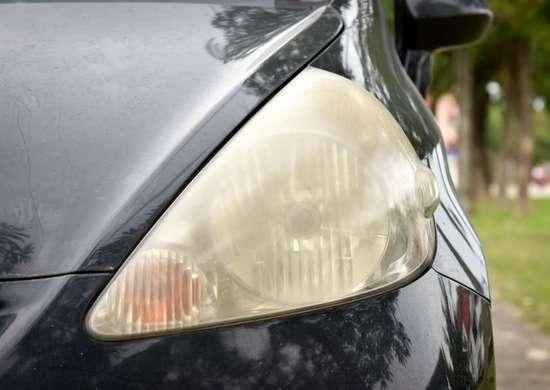 How to Clear Foggy Headlights