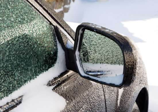 How to Prevent Frozen Side Mirrors