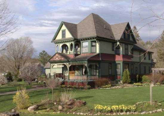 Habberstad House Bed and Breakfast in Lanesboro, MN