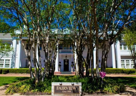 Fairview Inn, in Jackson, MS
