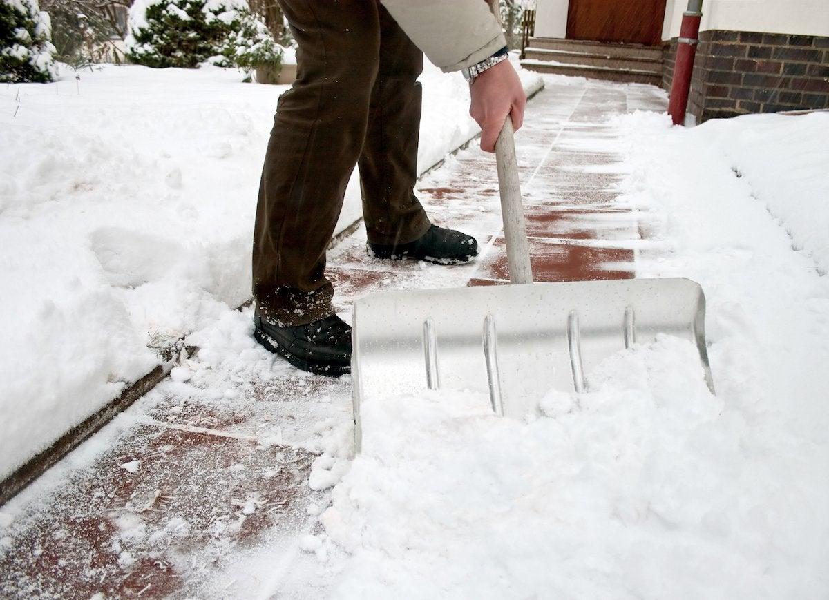 Shovel walkway