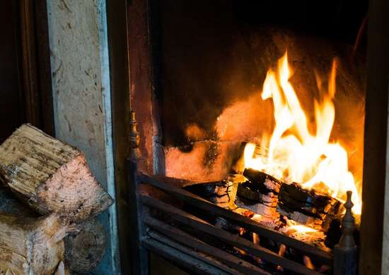 How to Close Fireplace Flue