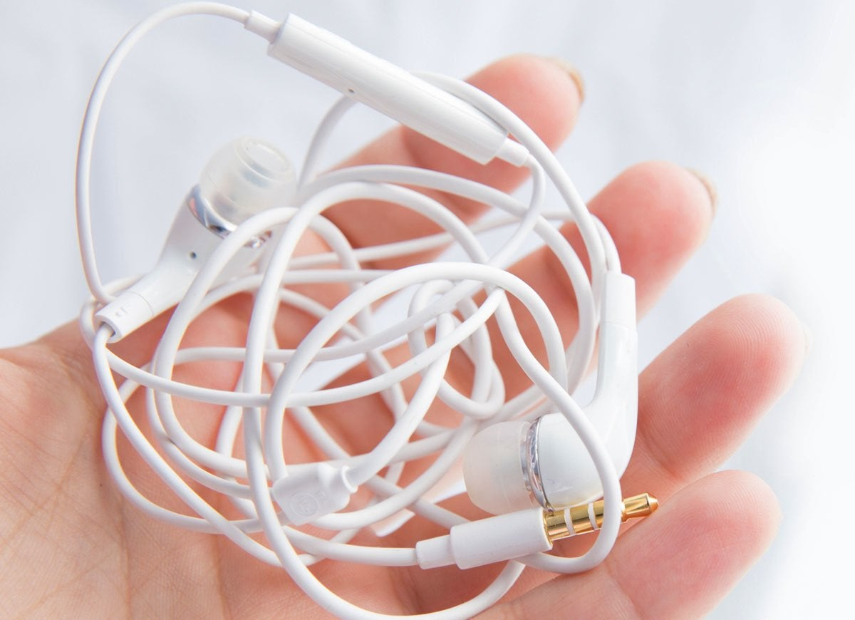 Bobby pin headphones