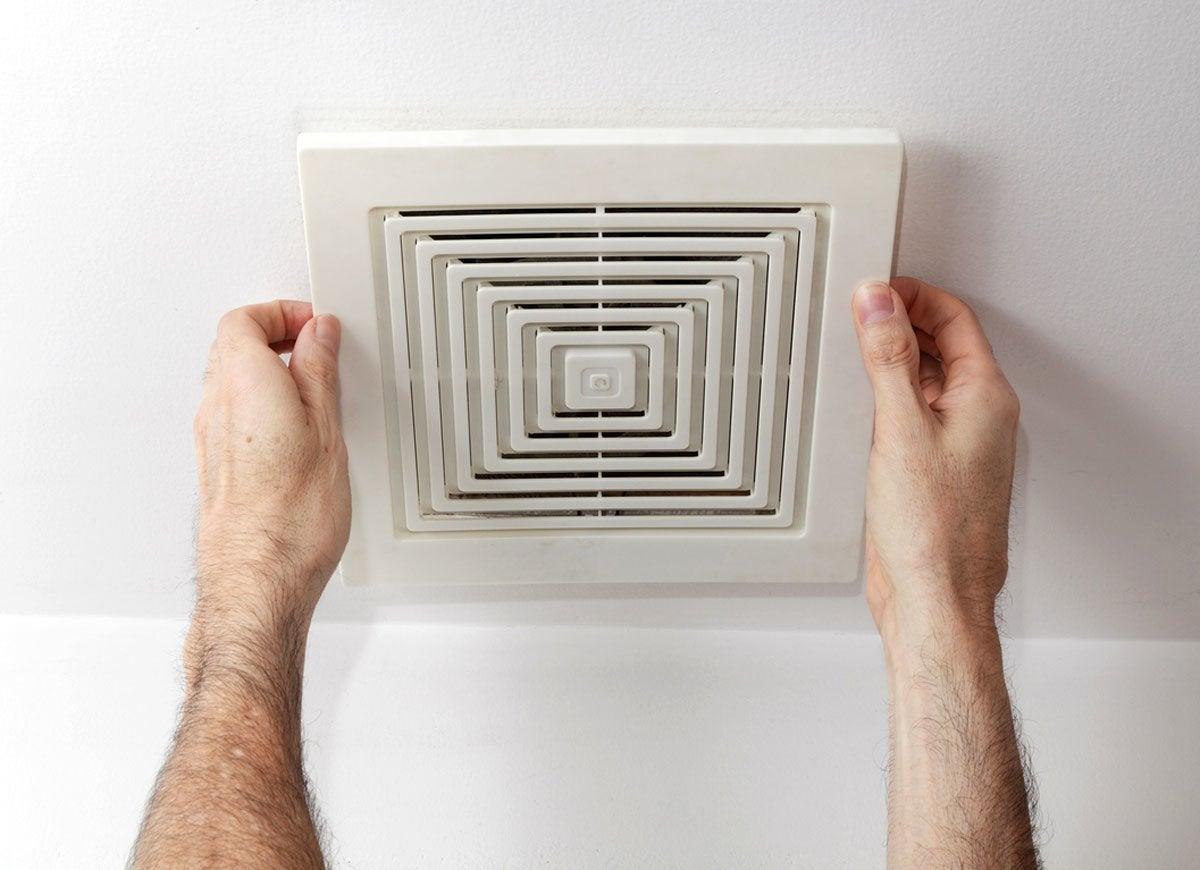 Bathroom odor airflow