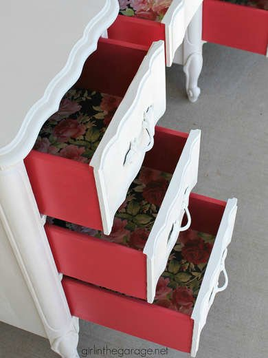 How to Paint Dresser Drawers