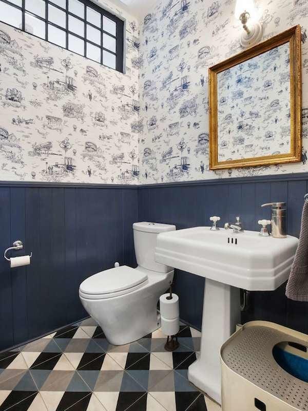 Navy Tiny Bathroom