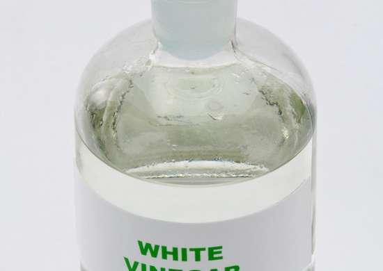 White vinegar for laundry