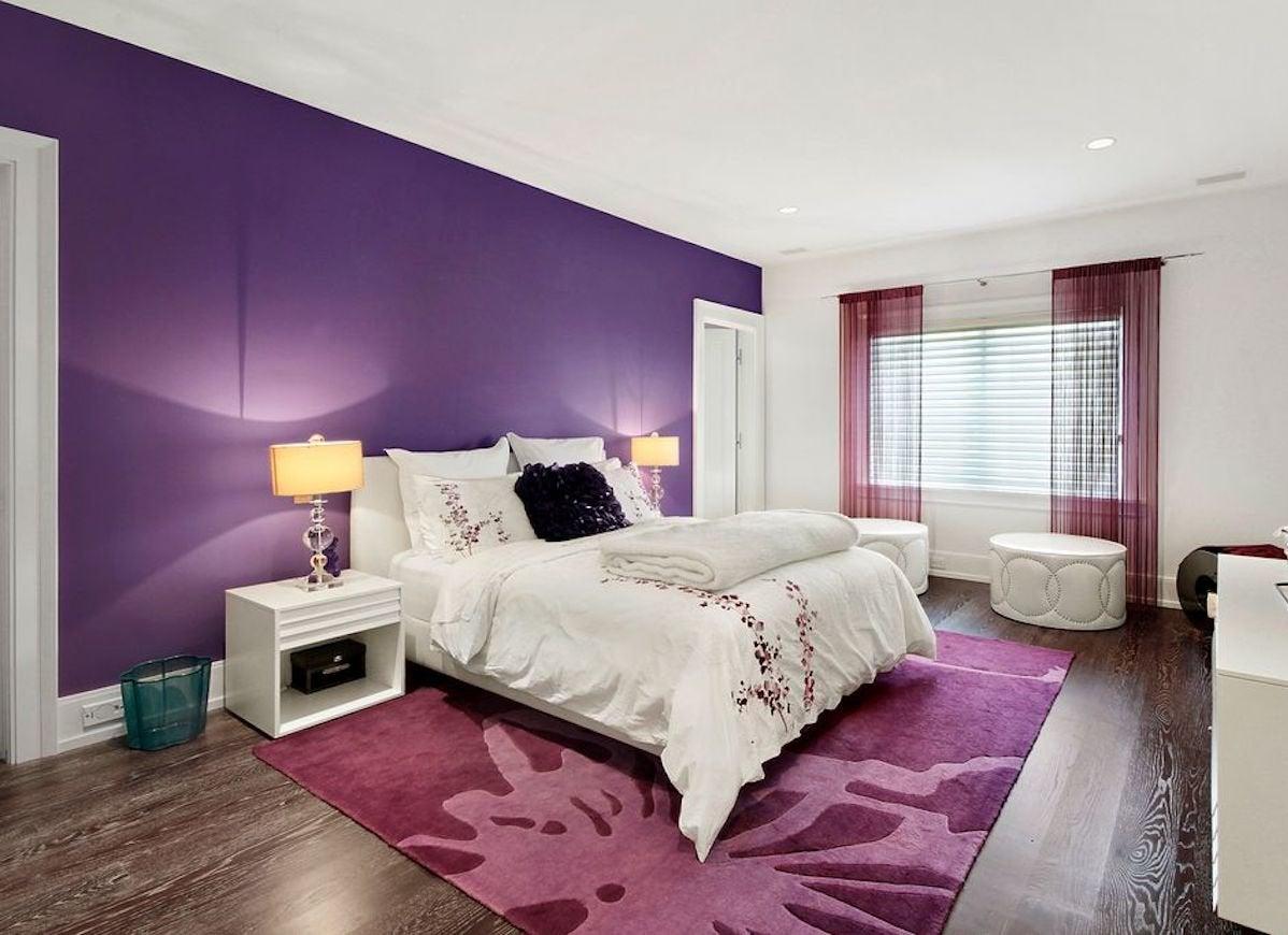 Ultra violet paint