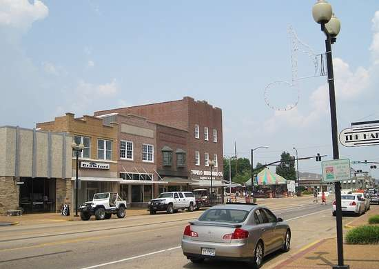 Main Street Tupelo Mississippi