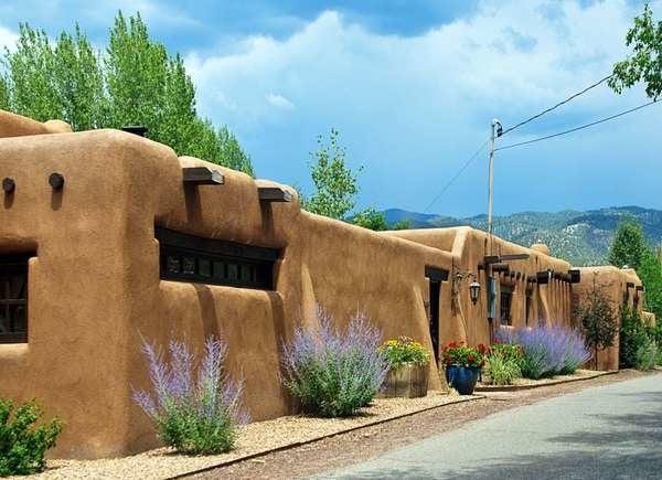 Southwestern Pueblo Revival Architecture