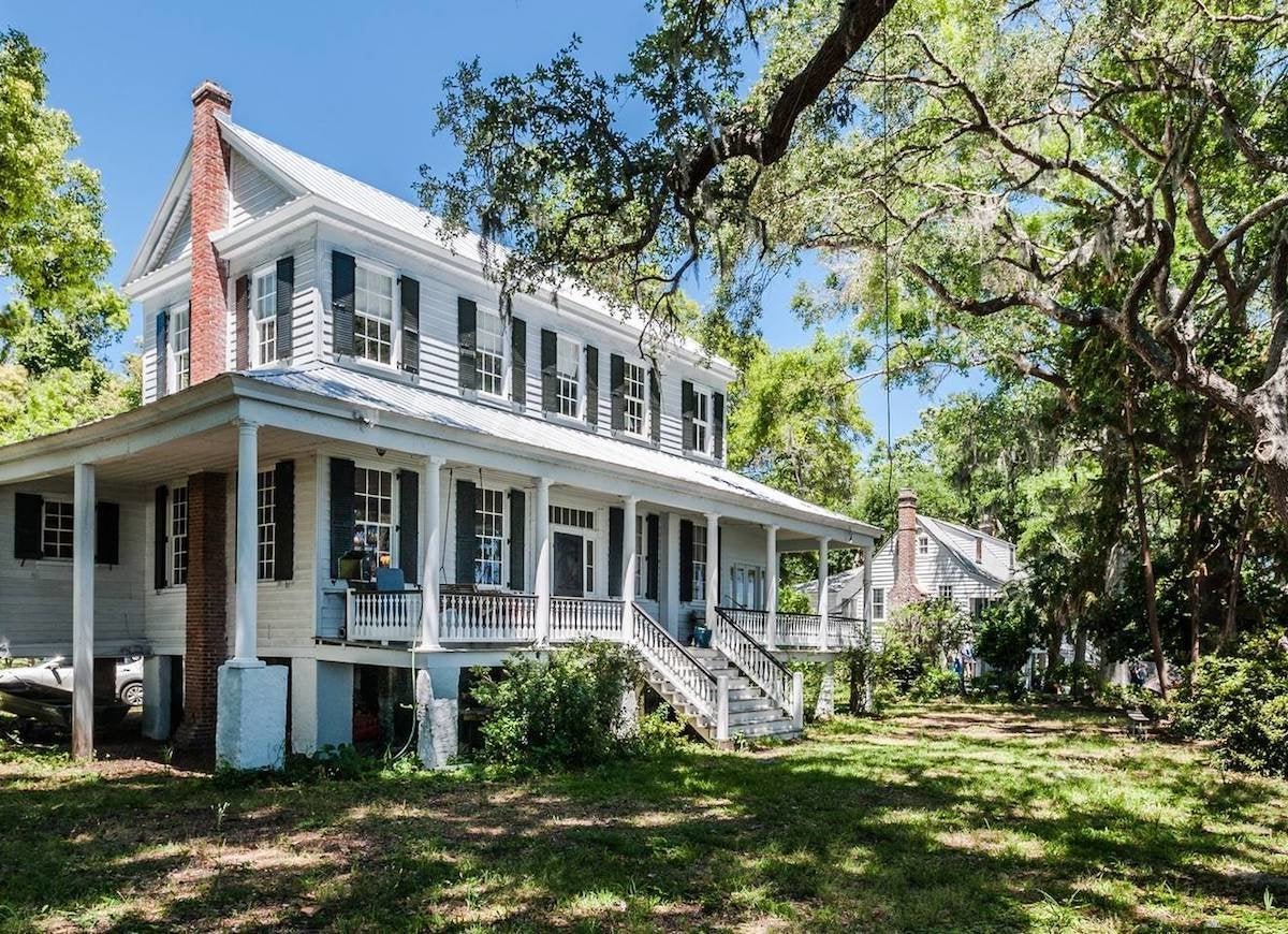 Nationally registered historical home wadmalaw sc