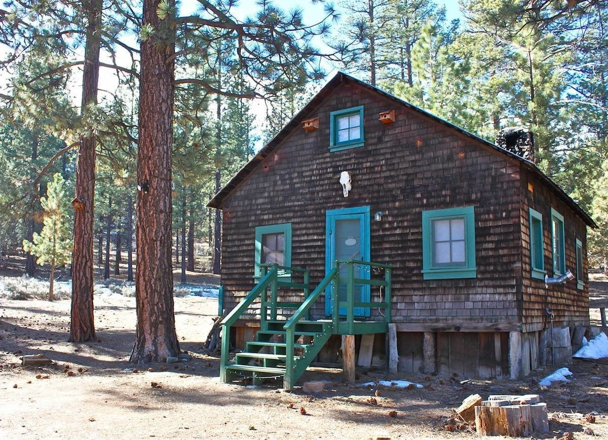 Gold rush cabin big bear city ca
