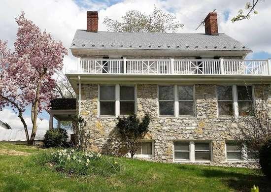 Stone House Mansion in Kearneysville, West Virginia