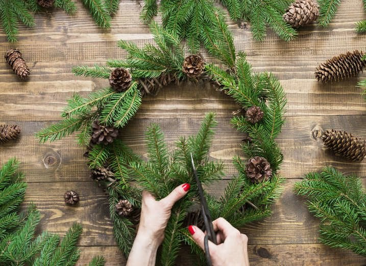 DIY Evergreen Wreath