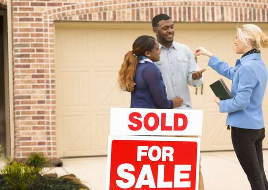 How to Hire a Realtor - 12 Things to Not Do - Bob Vila