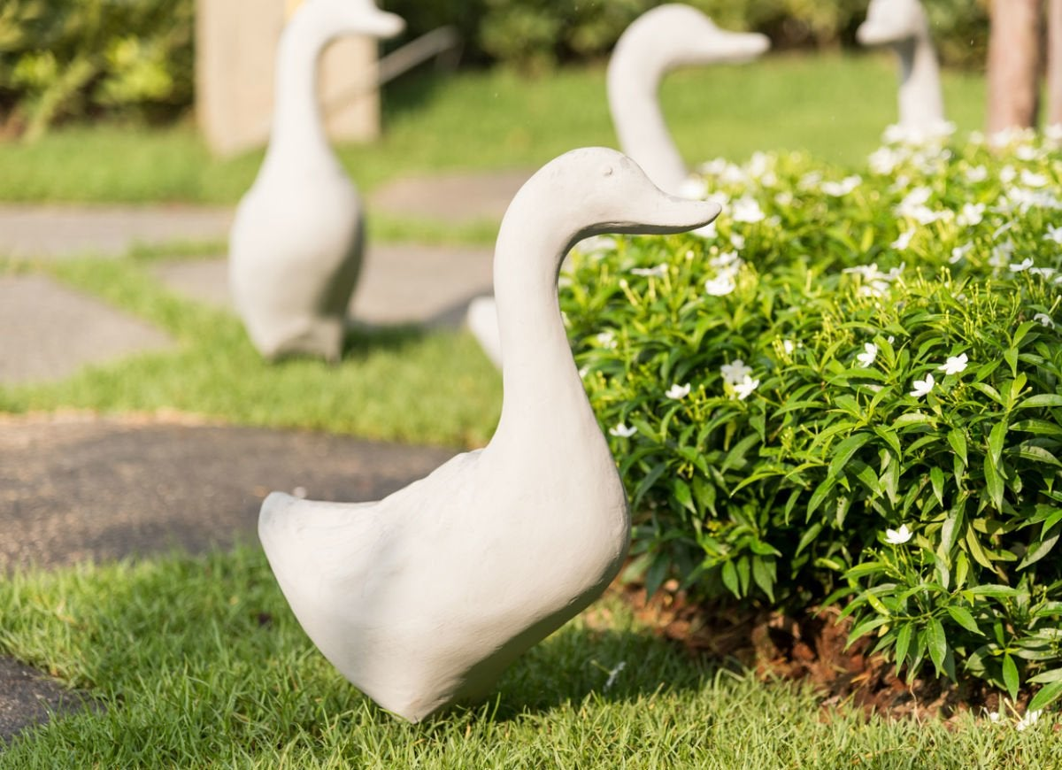 Concrete lawn ornaments