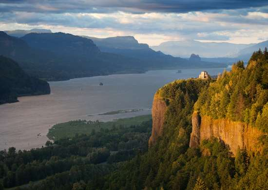 Vista House at Crown Point in Corbett, Oregon