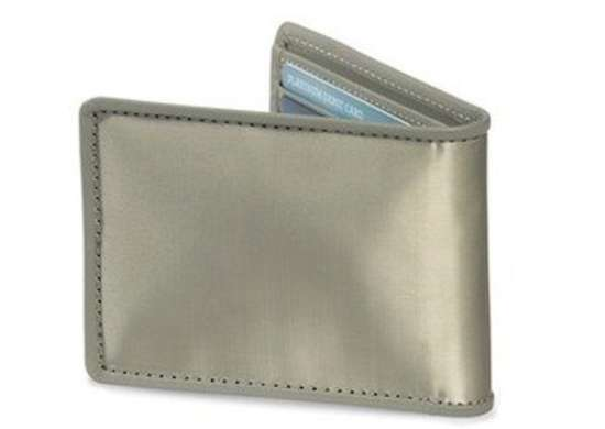 Sharperimage stainless steel wallet z1