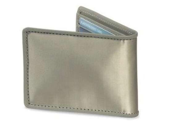 Sharperimage stainless steel wallet z1